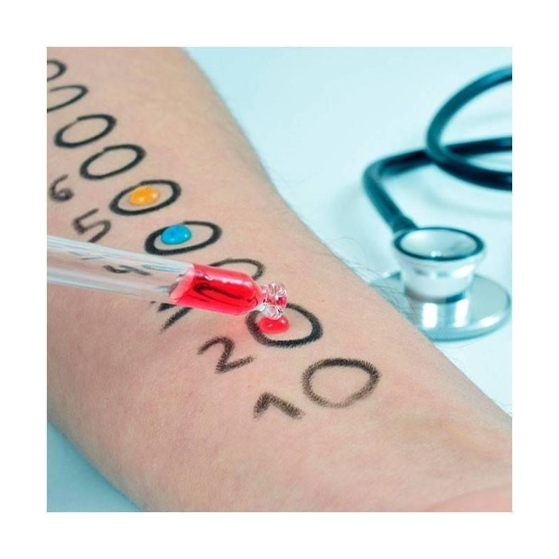Consulta, pruebas cutáneas, espirometría y analítica básica