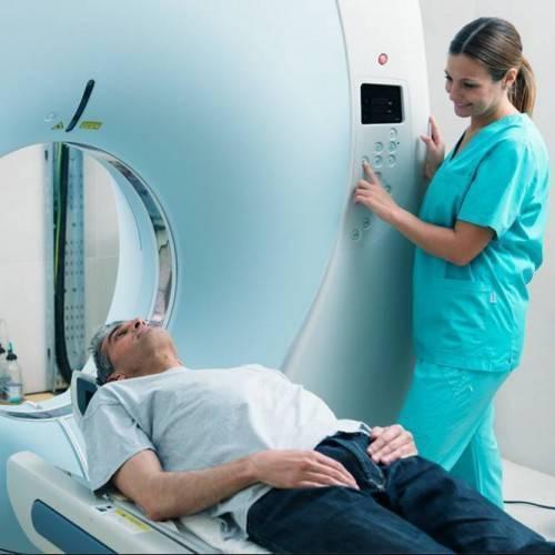 Resonancia Magnética Una Zona Anatómica en Gandia
